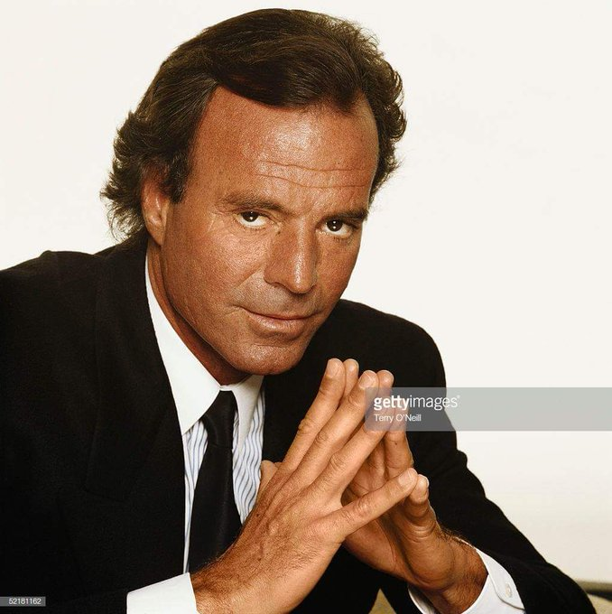 Julio Iglesias (Julio José Iglesias de la Cueva) Birth 1943.9.23 ~ Happy Birthday