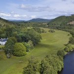 1,000 acres + 200-year-old manor = the perfect Scottish Highlands home https://t.co/V9IyUbC9IF