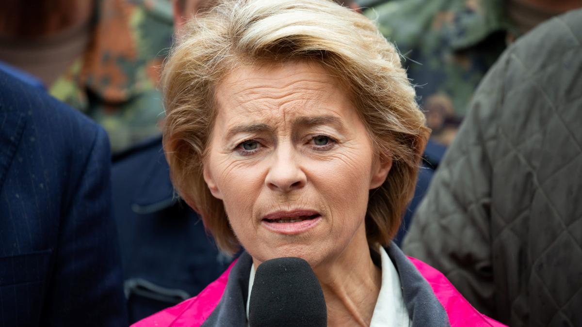 Moorbrand im Emsland: Ursula von der Leyen räumt Fehler der Bundeswehr ein https://t.co/RTdHSSKWtt