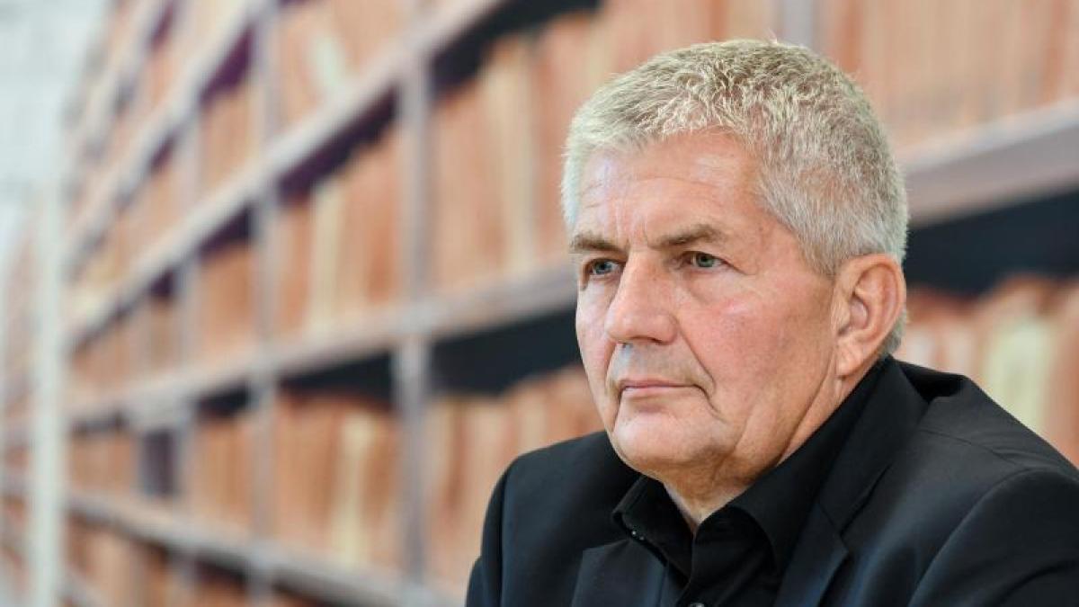 DDR-Vergangenheit: Elf einstige Stasi-Mitarbeiter noch in Unterlagen-Behörde  https://t.co/T66gc1ve5y