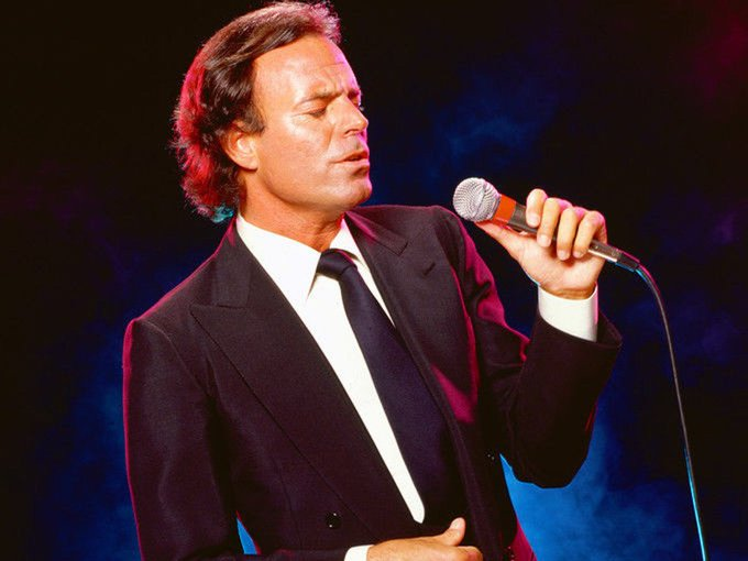Happy Birthday to Julio Iglesias !!!