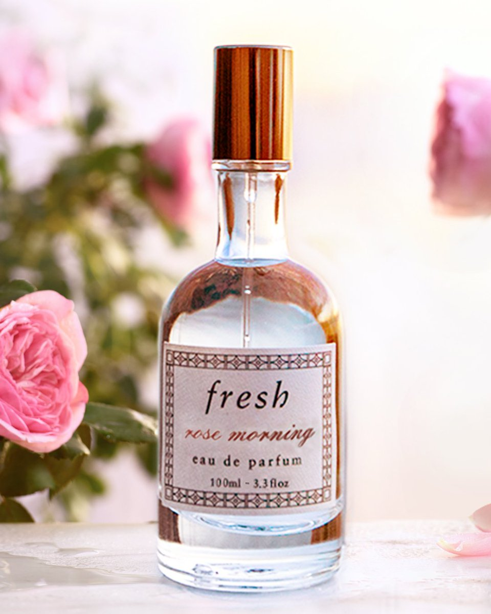 Our Sunday best is a spritz of Rose Morning. ☀ 😉🌹 Have you tried our newest fragrance? Rose Morning Eau de Parfum marries velvety floral notes with whimsical ones like petal, peach flower, and white tea. #FreshRose https://t.co/A84NNoscAh