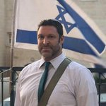 Pro-Israeli propagandists refuse to talk about Palestinians killed at the hands of Israelis while lioniazing right-wing settler Ari Fuld, who was killed by Khalil Jabarin, a 17-year-old Palestinian child. https://t.co/HoqV8NXbOs