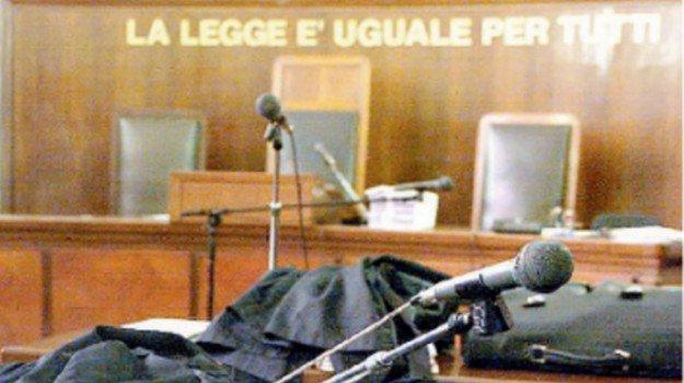 Il Tar Sicilia sospende la chiusura di un albergo a #Lampedusa http://agrigento.gds.it/2018/09/23/il-tar-sicilia-sospende-la-chiusura-di-un-albergo-a-lampedusa_920846/?utm_medium=feed&utm_source=twitter.com&utm_campaign=Feed%3A+gds_twitter_feed  - Ukustom