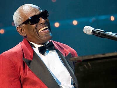 Happy heavenly 88th birthday to Ray Charles (September 23, 1930 June 10, 2004)