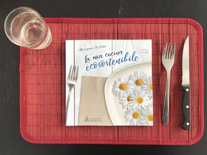 """Ma tu cosa mangi a pranzo? Il libro di Mariagrazia De Castro """" La mia cucina ecosostenibile """" ci propone gusti e soluzioni incredibili!  Seguiteci su    http://Www.babiloniaedizioni.com #leggere   #love #cute #amazing #seguimieleggi #ricette #food #cibo #dolce #mangiare #sano  - Ukustom"""