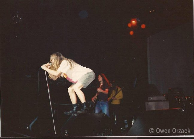 Shannonhoon Com On Twitter Shannon Hoon Performing With Blind
