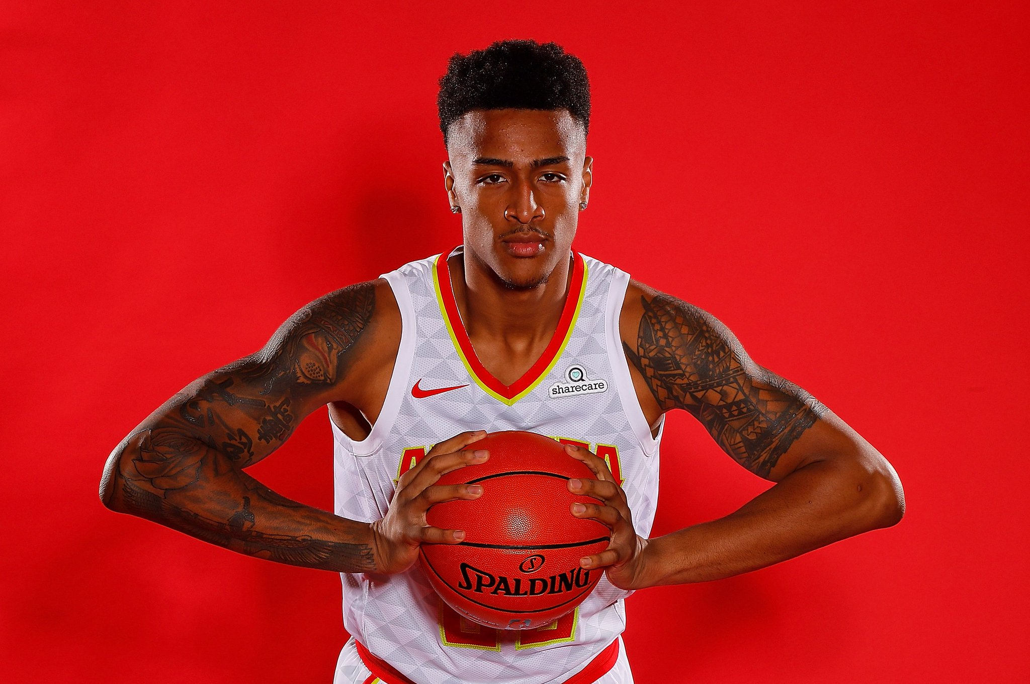 Join us in wishing @jcollins20_ of the @ATLHawks a HAPPY 21st BIRTHDAY! #NBABDAY https://t.co/GcdNiLBnxL