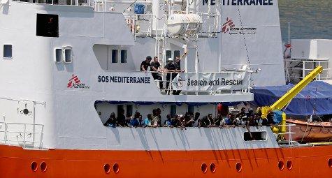 """#migranti , Panama blocca la #Aquarius2. Msf denuncia: """"Scelta fatta dietro pressioni dell\"""