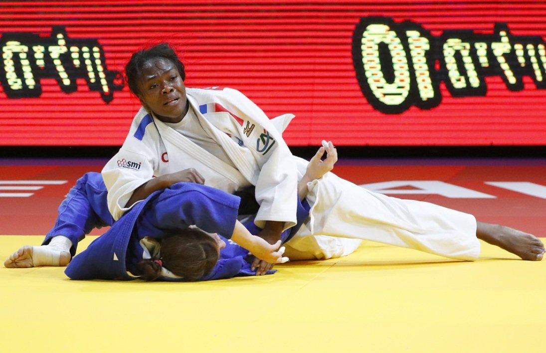 Mondiaux de Judo : Clarisse Agbegnenou championne du monde !!! 🎉🎉🎉🎉 https://t.co/TBxJ58YuI9