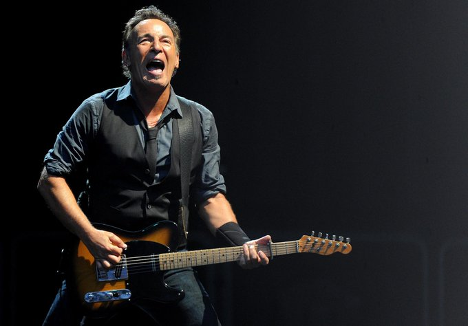 """Happy 69th Birthday to one of the greats of America, \""""The Boss\"""" Bruce !"""