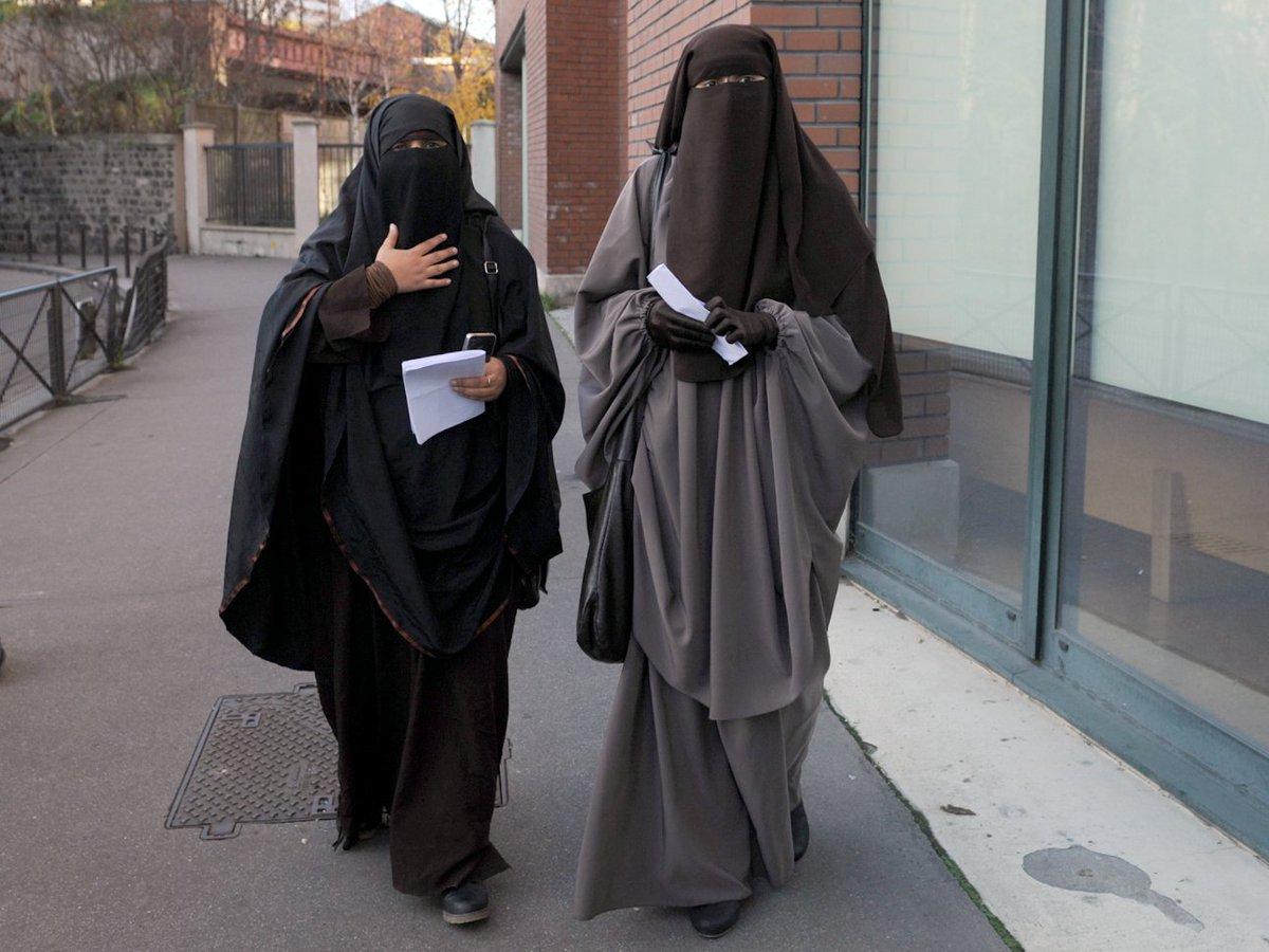 🇨🇭 Suisse : un canton vote à une écrasante majorité pour l''interdiction de la burqa'  https://t.co/v4MGLZ2KBE