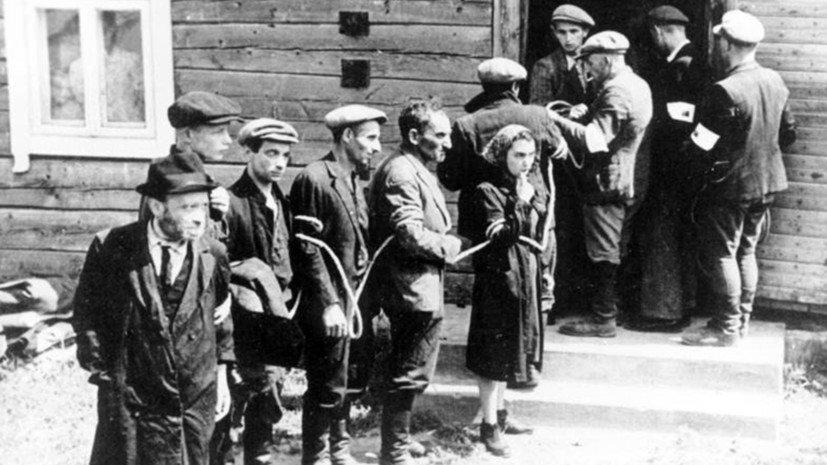 75 лет назад началась ликвидация еврейского гетто в Вильнюсе. Тысячи людей вывезли в концлагеря или расстреляли. Массовые убийства в основном осуществляли местные коллаборационисты, однако власти Литвы до сих пор не дали должной оценки их действиям https://t.co/HzH0MjZgWr