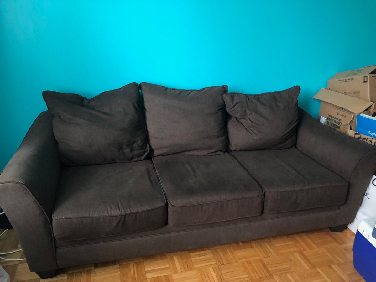 Free Sofa Very Comfortable Excellent Condition We Are Moving And Need Someone To Come Pick Up Today Sunday In Downtown Brooklyn
