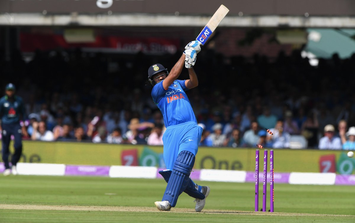 Double milestone alert! A rampant Rohit gets to 7000 ODI runs and his 19th ODI hundred. India are making easy work of a tricky little run-chase; looks like theyll stay unbeaten in #AsiaCup2018 for now. Follow the last few moments here: cricbuzz.com/live-cricket-s… #INDvPAK