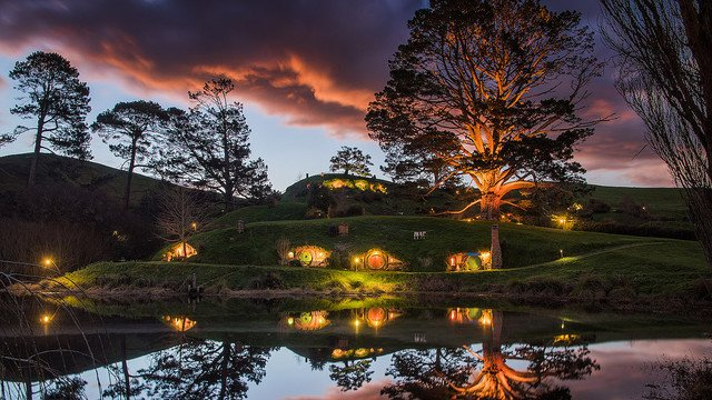 1000RT:【行ってみたい】ファンタジーの世界に迷い込める現実の場所 https://t.co/oL98UFVja5  NZの北島ワイカト地方にある「マタマタ」という場所。映画『ホビット』三部作のロケ地だという。