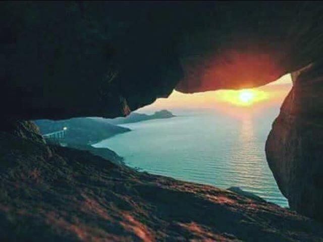Reposting @vincenzodidia:Il sole dentro #sole #sicilia #cuore #sea #Sun #sunset #individualcoach #coach #individual #timeisnow #openyourmind #rendilatuavitasemplice #vincenzodidia #mrsocialmarketing #dream #dreams #now  - Ukustom