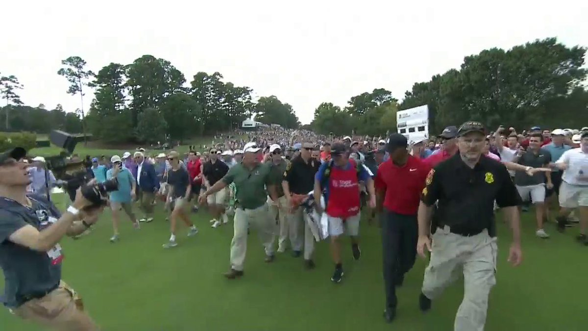 Tour Championship 2018: Thousands of fans walked right behind Tiger Woods on Sunday, creating an unbelievable scene at East Lake