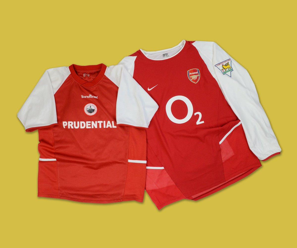 buy online 4e1b5 69a13 Classic Football Shirts on Twitter:
