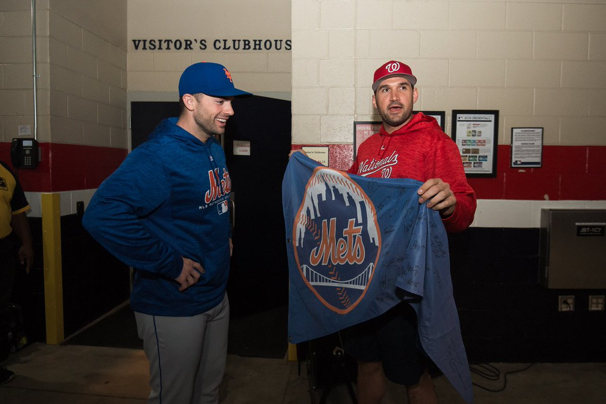 Earlier today, Ryan Zimmerman and the Nationals gave David Wright a little piece of #Nats Park.<br>http://pic.twitter.com/ehRGYrRpbm