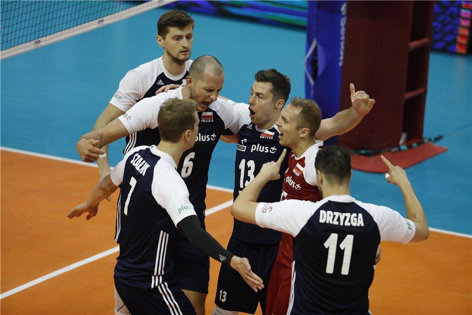 Mondiali: #Serbia non pervenuta. La #Polonia vince 3-0 e passa. #Francia a casa  https:// www.volleyball.it/mondiali-serbia-non-pervenuta-la-polonia-vince-3-0-e-passa-francia-a-casa/ #FivbMensWCH #VolleyMondiali18 #Mondiali2018 leggilo su https://t.co/VcBPGLNNCB  - Ukustom