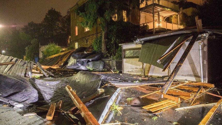 Sturmtief 'Fabienne': Frau stirbt durch Unwetter in Bayern https://t.co/WGmMk7Ym5E