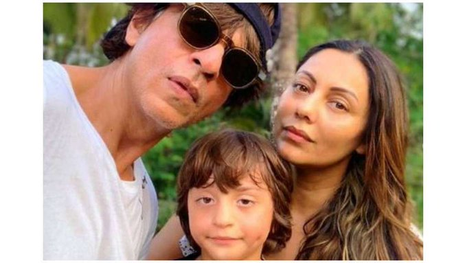 Happy Birthday Gauri Khan: Shah Rukh Khans wife rings in her 48th birthday see pics