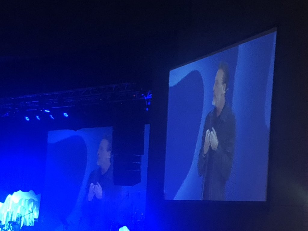 Loved listening to @erwinmcmanus challenge and inspire at #GLS18. Time you pay us a visit again, Erwin <br>http://pic.twitter.com/D11FSIyqy5