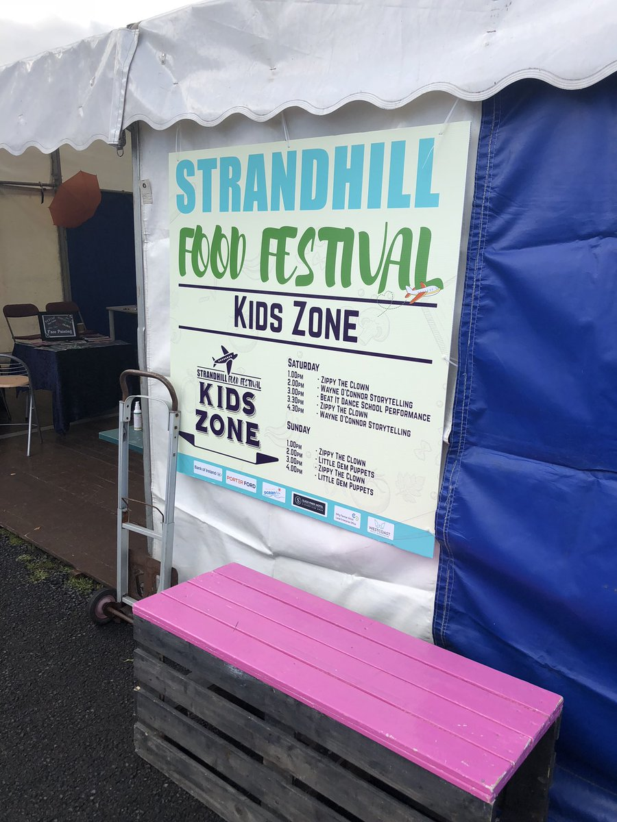So great to see #StrandhillFoodFest double in size this year. So much to offer to young and old. Nice to bump into organiser @almulrooney who didn't seem a bit stressed. The sign of a true professional. Runs until 6pm today and tomorrow. Don't miss it! #strandhillmoments<br>http://pic.twitter.com/bh1FHOymYm