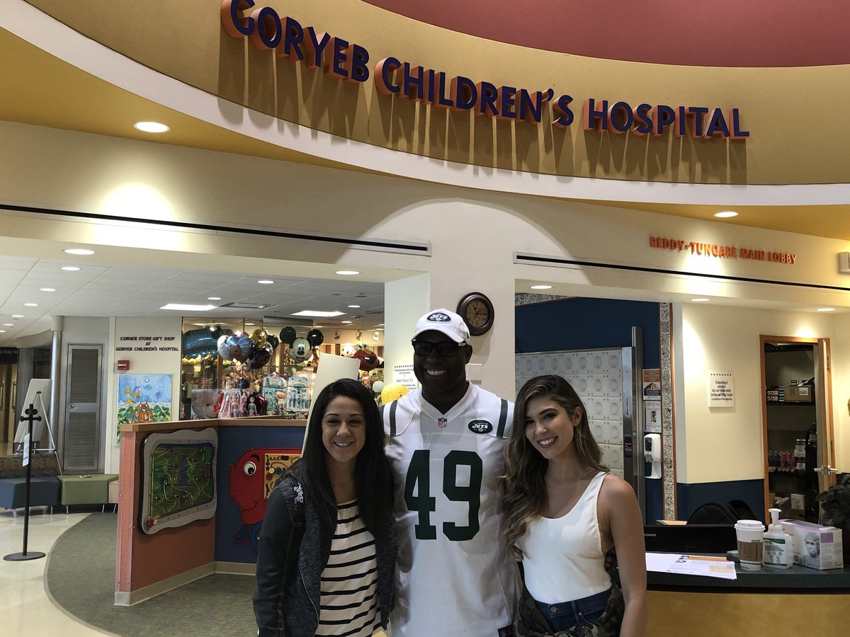 Thank you so much to Goryeb Children's Hospital for allowing @49TRich, @catherinekelley & @itsBayleyWWE to be a part of yesterday's visit and for all you continue to do in the fight against pediatric cancer. We can't wait to be back before #wrestlemania35!