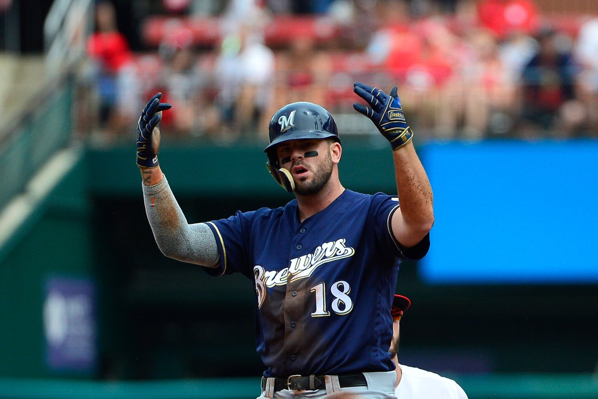 """""""The Moose"""" has been HUGE for the @Brewers in the #NLDS so far!  RETWEET for a chance at a pair of @Mooose_8 replica @FranklinSports batting gloves and watch the Brew Crew go for the sweep tomorrow at 4:30pm ET on MLB Network!  Rules: https://t.co/BGpsZnMU0r https://t.co/o9E17csNyC"""