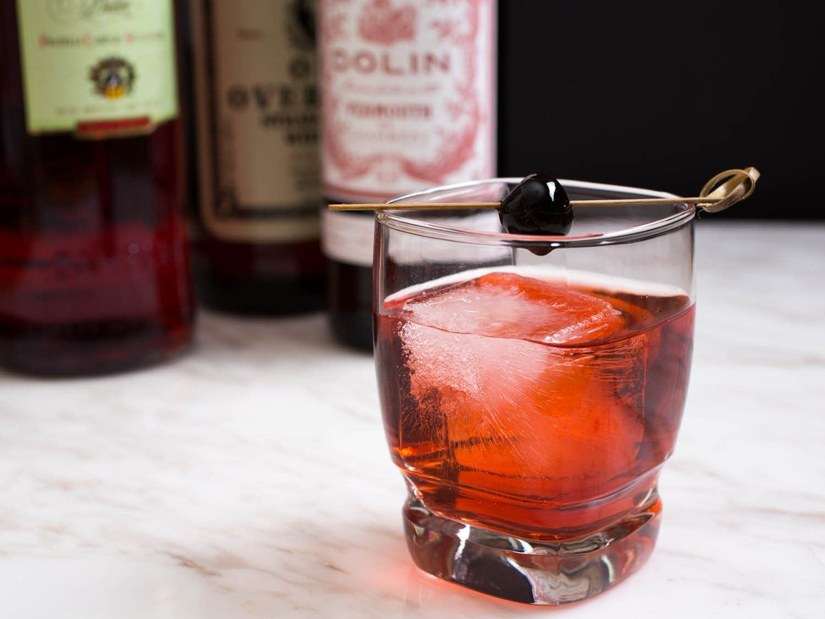 25 Cocktails Everyone Should Know https://t.co/FL2WrzZIks #recipe #entertaining https://t.co/QL6kwgE0xe