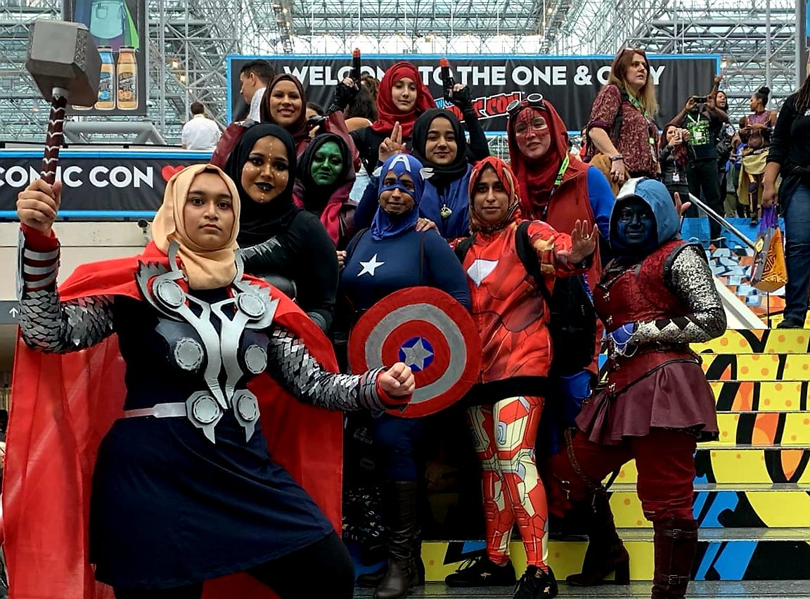 "Hijabi Women Dressed Like the ""Avengers"" at Comic Con 