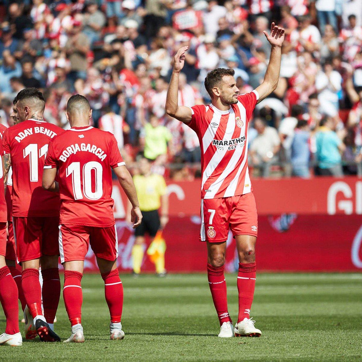 Stuani celebra su gol con el Girona.