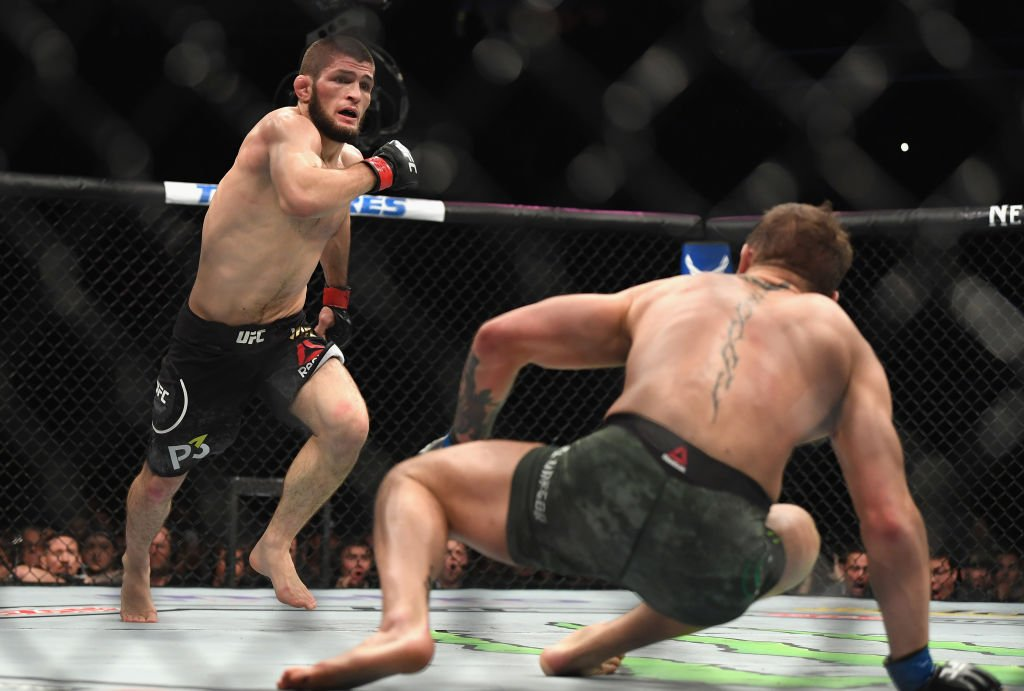 It was a night to remember (or maybe forget) for Khabib Nurmagomedov & Conor McGregor at #ufc229. @danhardymma , @Peety_Editor & @OJBorg try to sum up the chaos in the BBC MMA Podcast from @5liveSport Check it out 👉 bbc.in/2PjQjLi #bbcufc