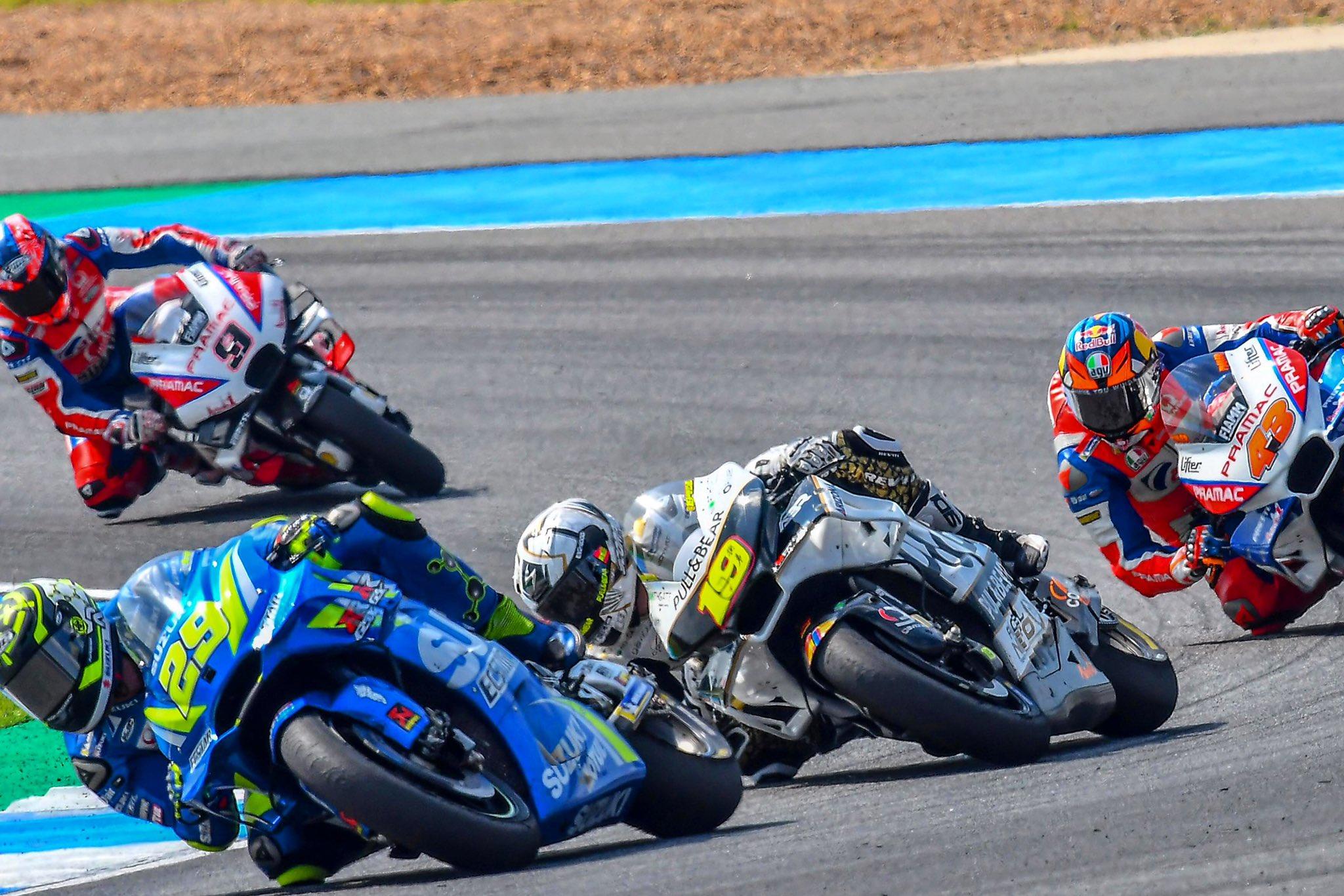 Alvaro Bautista en la carrera de Tailandia