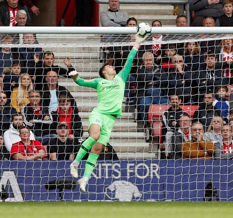 Who needs Thibaut Courtois?!   Kepa's on fire!  <br>http://pic.twitter.com/goNBLsmOkH
