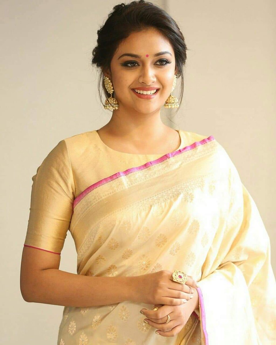 World Cinema Gallery On Twitter Saree Sareelove Southindiansensation Tamilnews Southindianactress Hot Sexy Keerthysuresh
