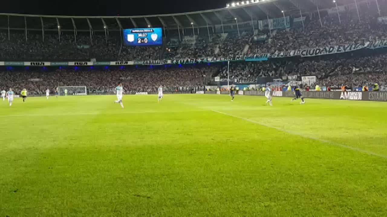 Reviví desde adentro el gol de @wanchopeabila9 https://t.co/bTtRH5W5Xw