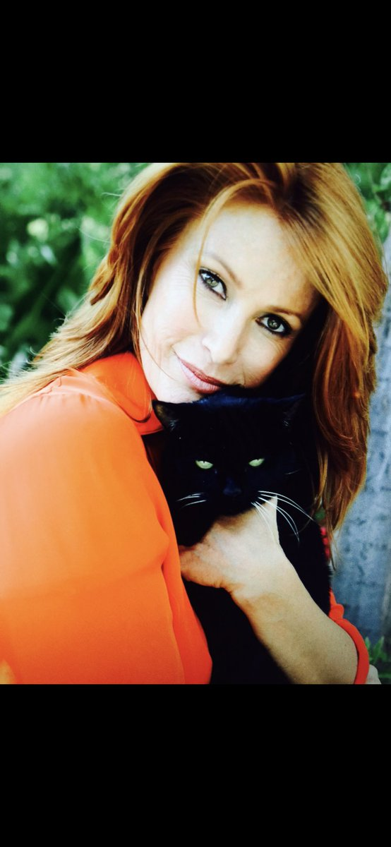 Angie Everhart twitter @angieeverhart