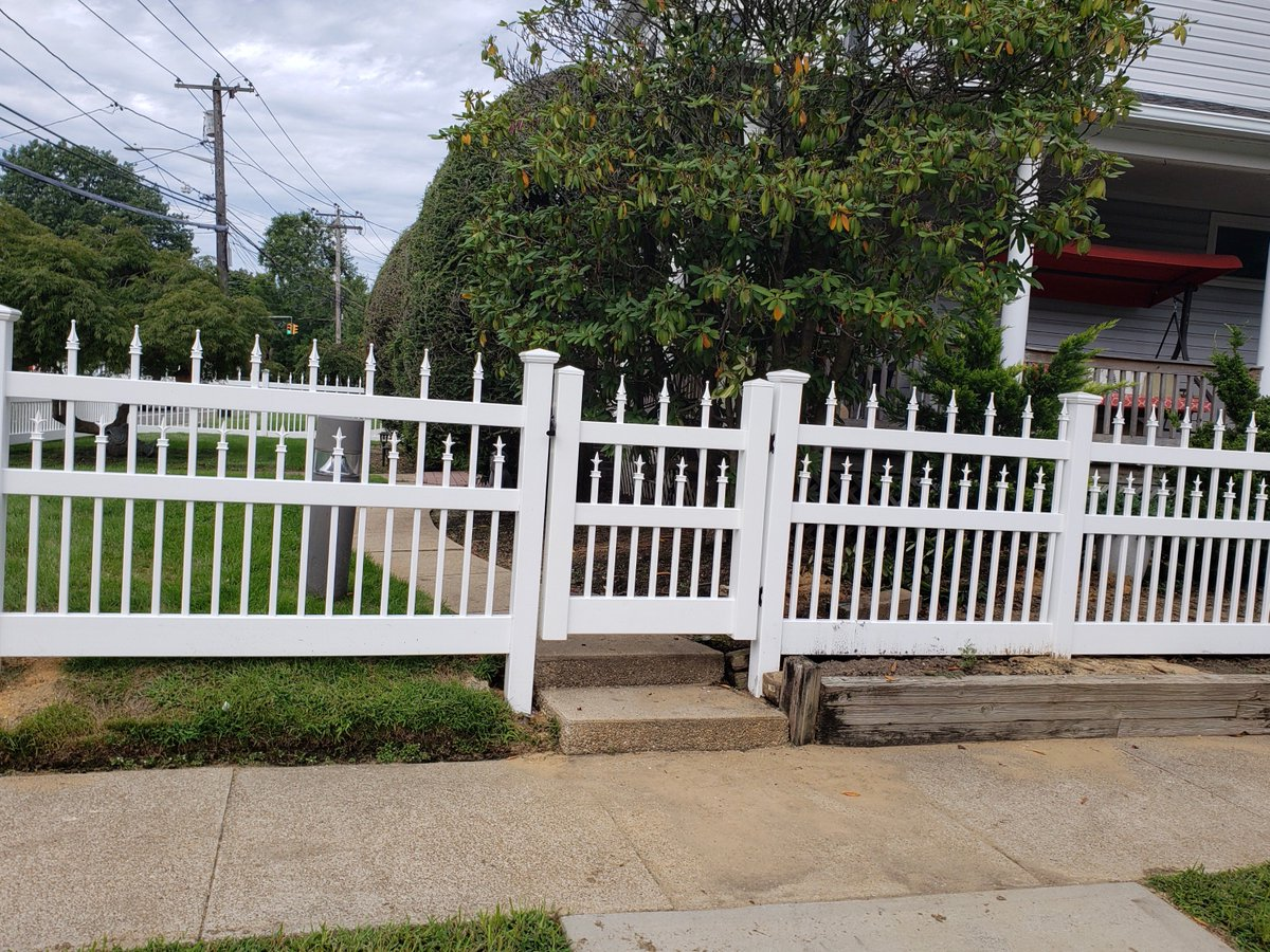 Liberty Fence Railing On Twitter 48 Starlite Vinyl And Gate With 1 X Pickets We Manufactured Installed In Lynbrook Ny