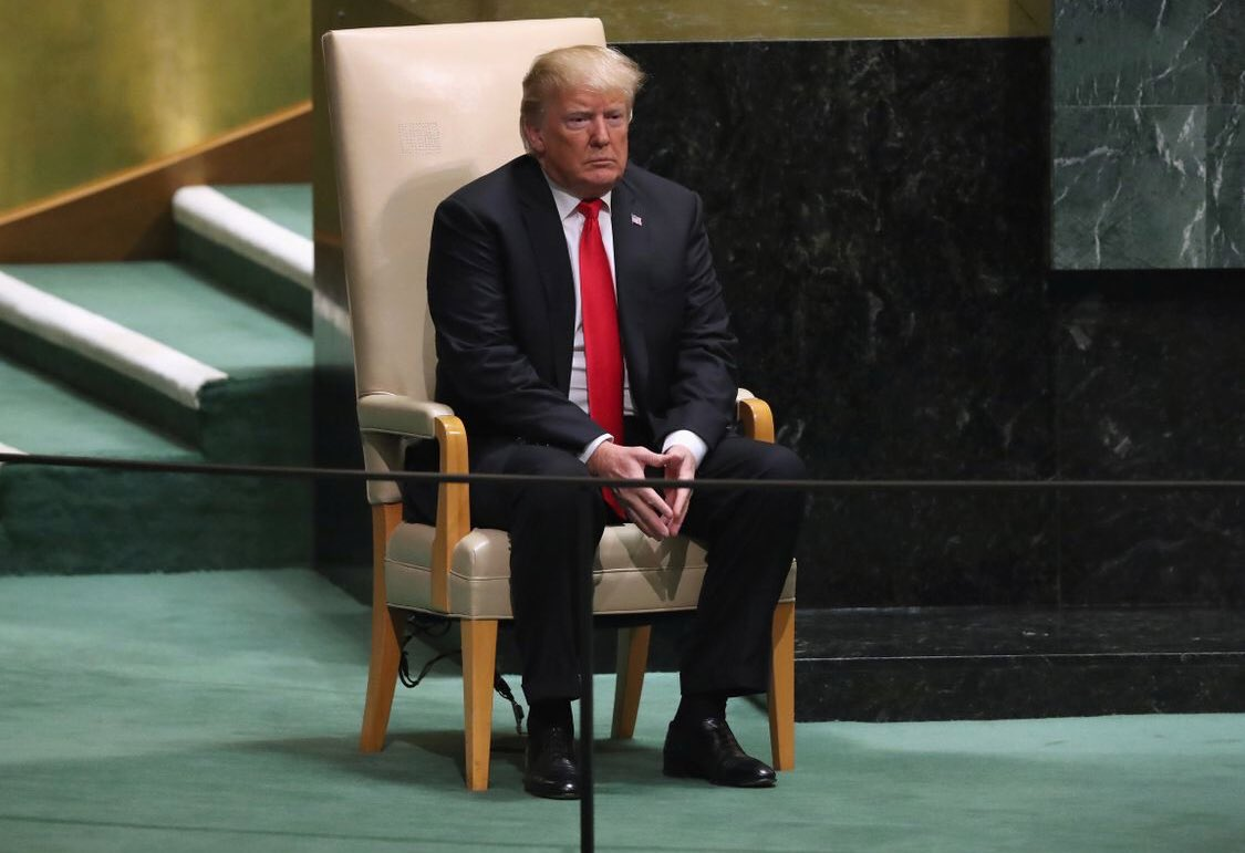 They made the joke on @nbcsnl last year but damn if it isn't true. Trump sits on every chair like it's a toilet. https://t.co/sNOPBEBAg5