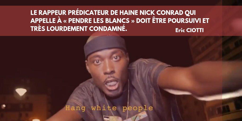Quelle ignominie! Le rappeur prédicateur de haine #NickConrad qui appelle à « Pendre les blancs » et « tuer des bébés blancs » doit être poursuivi et très lourdement condamné. J'appelle au retrait immédiat de cette chanson et de son clip des hébergeurs en ligne.