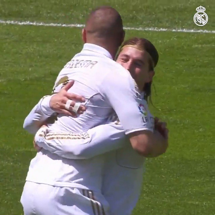 �� @Benzema + GOLES + @SevillaFC #HalaMadrid https://t.co/MkLYBoAxr8