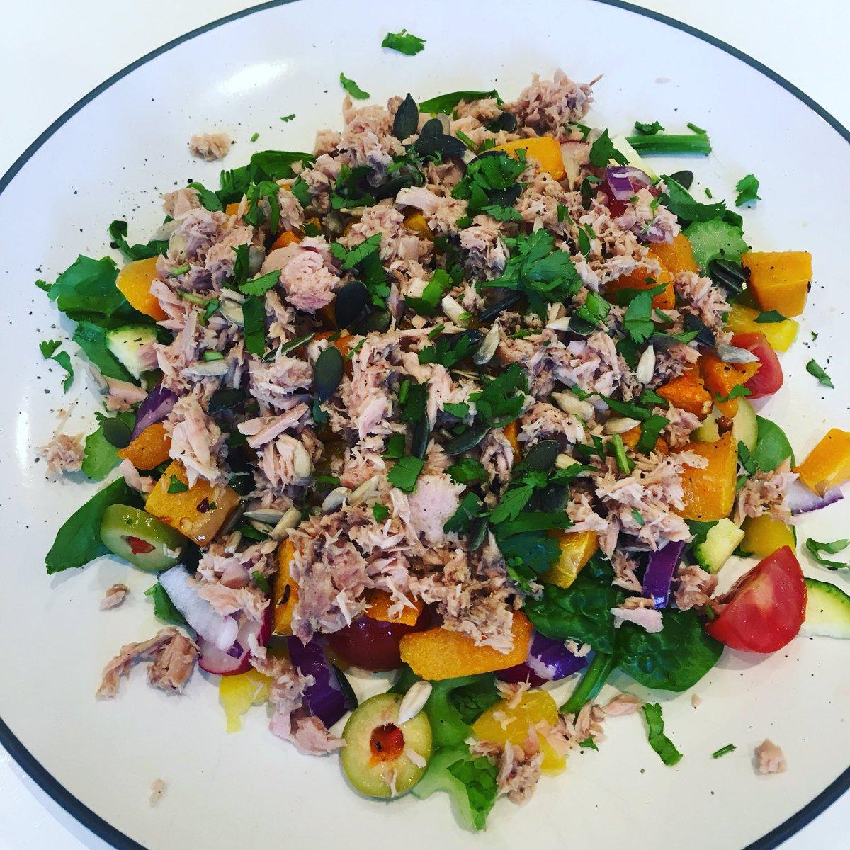 #Lunch - tuna, roasted butternut squash, mixed salad 🥗 https://t.co/wnqgH7EL3A