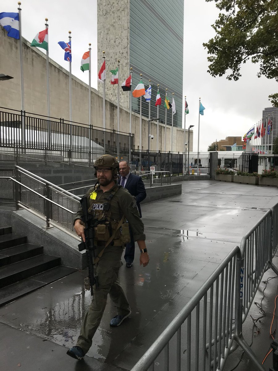 Steven Dsouza On Twitter Heres Your Look At Trumps Motorcade Arriving At The Un This Morning Also The View I Have From Our Live Position