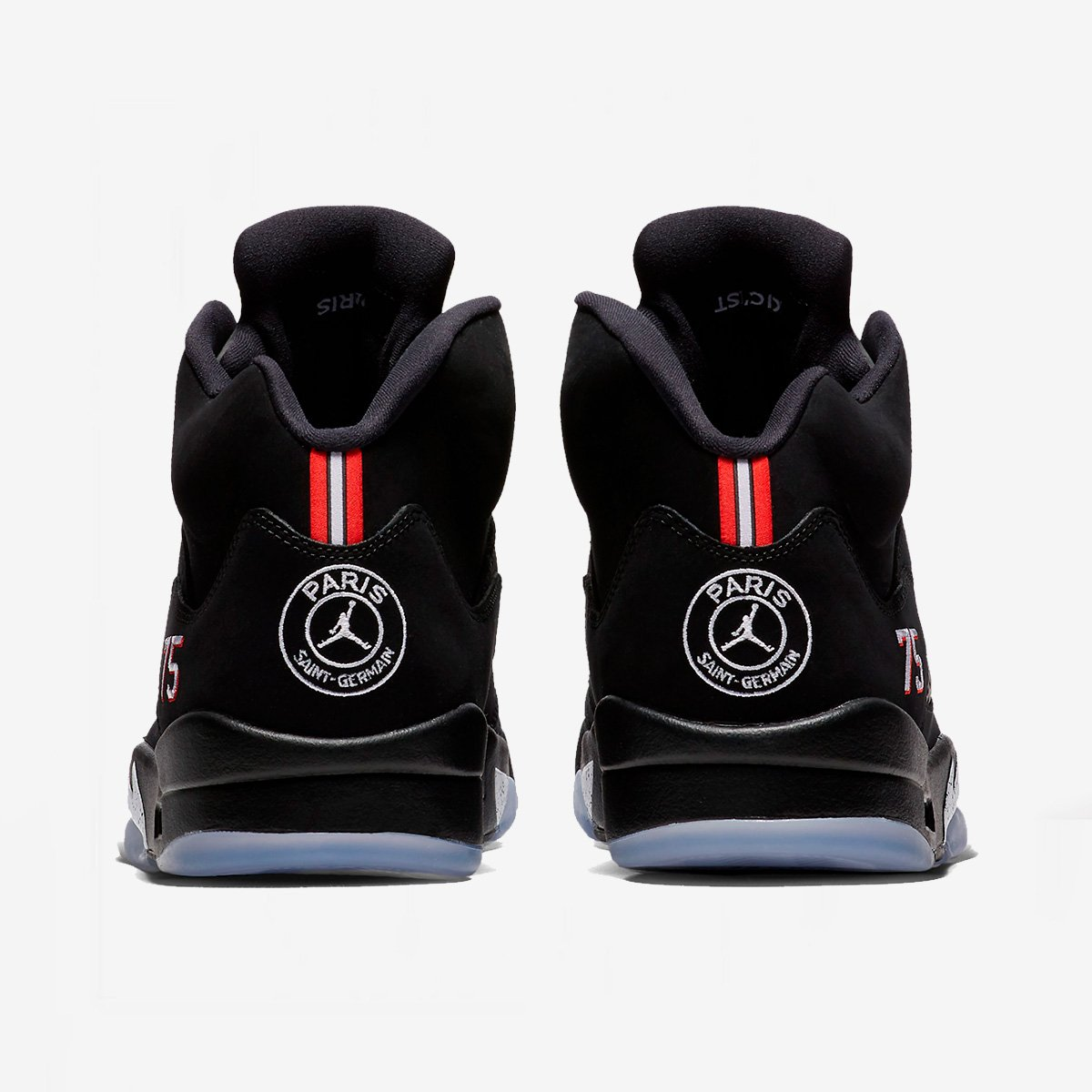 b6db16260757 The Air Jordan 5 x Paris Saint-Germain is in store NOW in BARCELONA! Hurry  there today to cop a pair! Vite vite! Any remaining pairs will go online!