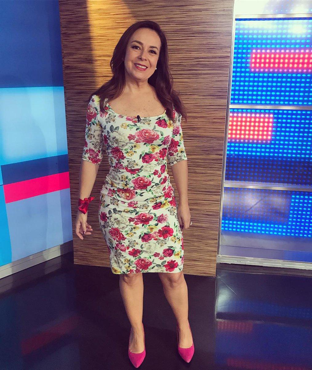 Raquel Mendez Club De Fans At Mendezclub Twitter