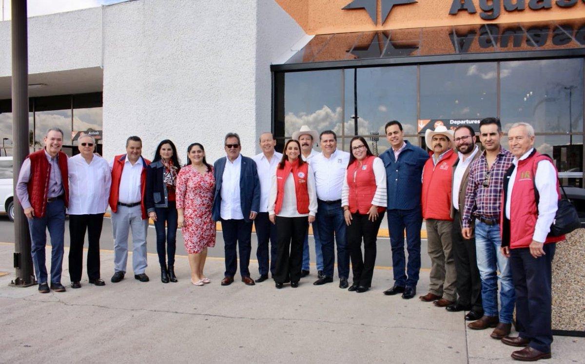Llegando a #Aguascalientes, donde junto a la Presidenta @ruizmassieu, los Secretarios del @PRI_Nacional, sostendremos productivas reuniones con los militantes del @PRIAguas. https://t.co/5CWv3Annop