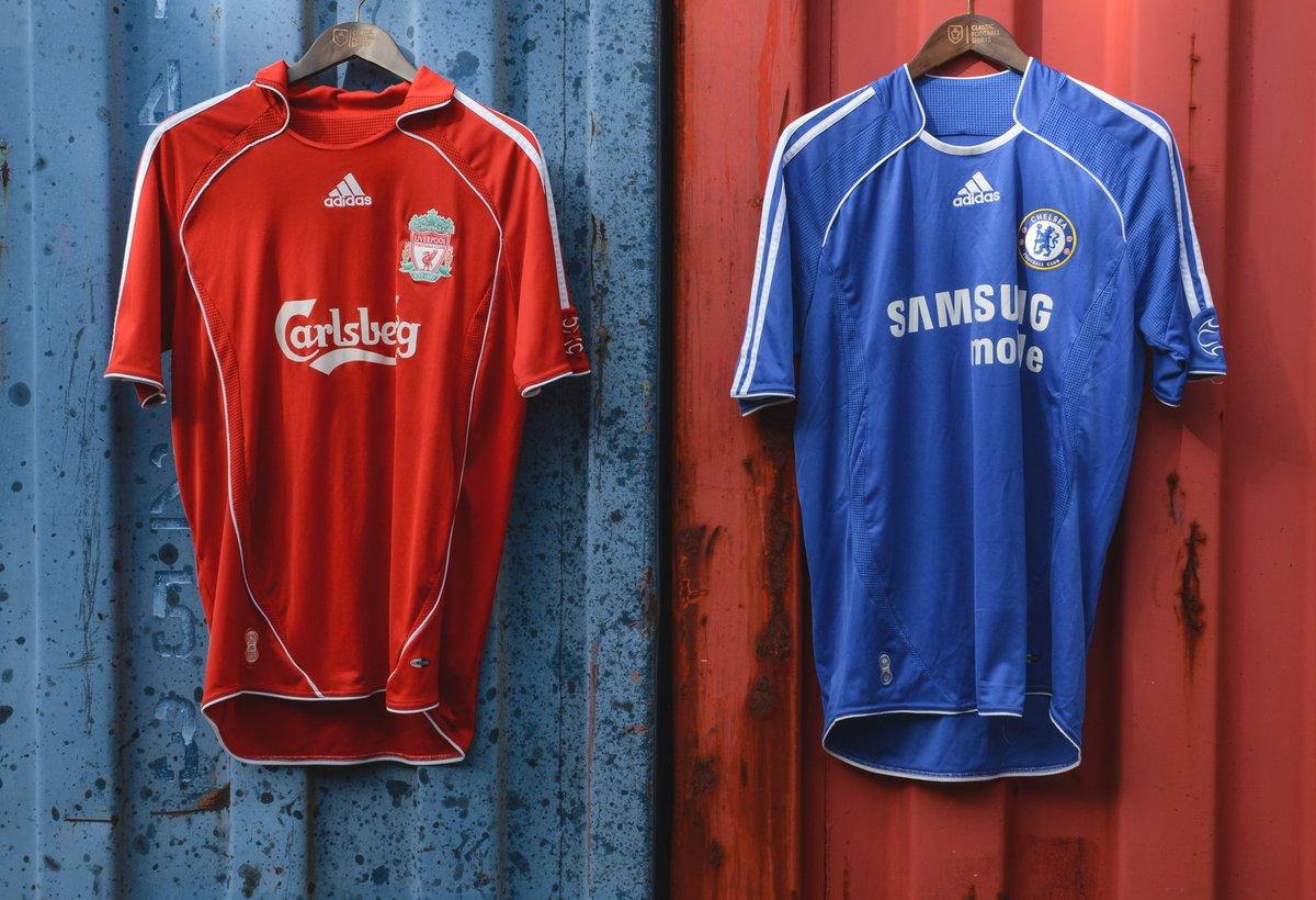 sale retailer b4c4e 5677a Classic Football Shirts on Twitter: